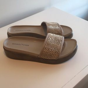 Donald J. Pliner Shoes - Donald/Pliner sandals